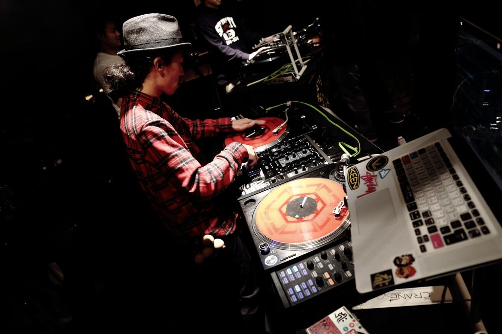 20141108_DJ HI-C_02